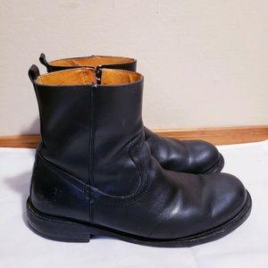 Frye Jacob Boots Black Leather Side Zip